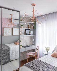 Organised, neat teen girls room Small Apartment Bedrooms, Small Space Bedroom, Small Bedroom Designs, Small Room Design, Small Spaces, Tiny Bedrooms, Bedroom Layouts For Small Rooms, Decor For Small Bedroom, Small Bedroom Arrangement