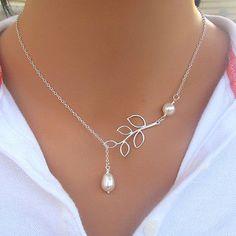 Alta calidad Hollow hojas en forma de perla simulada collar de la mujer con cadena de clavícula plata chapado con encanto joyería NL-0689