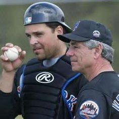 Mike Piazza with Bobby Valentine (New York Mets)   There's just something about an Italian from the North.  :)