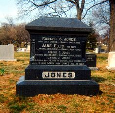 Robert Jones, screen name: Billy De Wolfe - - Find A Grave Photos Doris Day Show, Happy 90th Birthday, Norfolk County, Famous Graves, Old Cemeteries, Good Morning World, Classic Songs, Paramount Pictures, Tv Actors
