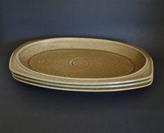 Temuka Pottery Riverstone Steak Plates - Vintage Retro Eathernware Stoneware - Set of Three - Made in New Zealand Retro Vintage, Vintage Items, Steak Plates, Moving Boxes, Retro Floral, New Zealand, Really Cool Stuff, Stoneware, Pottery