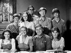 The Waltons foi uma premiada série de televisão dos Estados Unidos da América, criada pelo novelista Earl Hamner, Jr., baseada no livro Spencer's Mountain e no filme homônimo de 1963, com Henry Fonda e Maureen O'Hara.