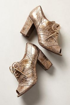 Embossed Luminary Oxfords #anthropologie