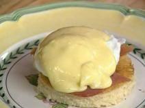 Jacques Pepin - Eggs Benedict