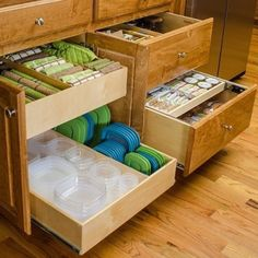 39 Inexpensive Kitchen Storage Ideas for a Tidy Kitchen and Cleaner Cabinets - neweradecor - Kitchen Ideas