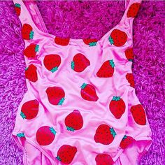 Strawberry Low Back High Rise Strappy Swimsuit Leotard 🍓🌞 @ www.wakiki.net // #vintage #swimsuit #fruity #strawberry #body #onepiece #leotard #80s