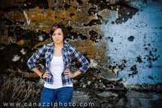 Senior gal - high school grad photos in Urban Vancouver, WA by www.canazziphoto.com