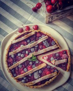 morello cherry pie