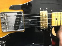 https://www.londonguitaracademy.com/london-guitar-lessons-in-your-home