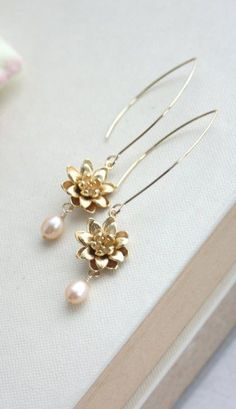 Items similar to Gold Lotus, Water Lily Flower Blush Champagne Peach Freshwater Pearls Earring, Wedding Bridal Earring. on Etsy Lotus Jewelry, Pearl Jewelry, Jewelery, Jewelry Accessories, Fashion Accessories, Jewelry Design, Fashion Jewelry, Bridal Earrings, Jewellery Earrings