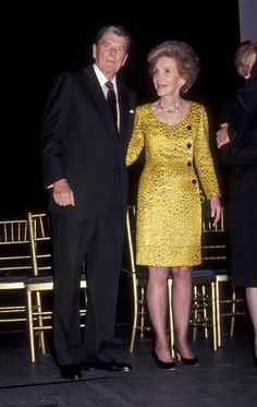 The Most Fabulous Outfits Nancy Reagan Ever Wore Vera Ellen, Nancy Reagan, President Ronald Reagan, Red Suit, American Presidents, Jackie Kennedy, Role Models, Lady In Red, Ball Gowns