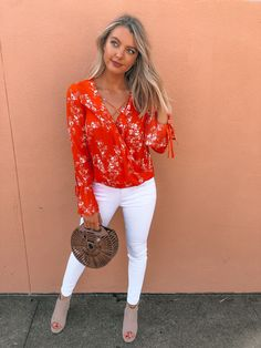 Adorable spring looks are here! Shop all new florals, white denim and spring accessories! ONLINE NOW! Spring Summer Fashion, Spring Outfits, Summertime Outfits, Dottie Couture Boutique, College Style, Accessories Online, Going Out Outfits, Spring Looks, White Denim