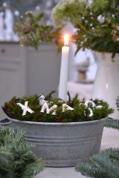 - ❤ Dreaming Of A White Christmas ❤ diy ideer Nordic Christmas, Noel Christmas, Little Christmas, Country Christmas, All Things Christmas, Winter Christmas, Vintage Christmas, Christmas Crafts, Christmas Candle