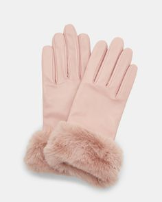 Discover luxurious women's gloves from Ted Baker. Whether you opt for leather gloves, woollen gloves, evening gloves or knitted gloves, there's a style to suit you. Pink Gloves, Lace Gloves, Leather Gloves, Ted Baker Accessories, Winter Accessories, Faux Fur Accessories, Couture Accessories, Pink Accessories, Gants Roses