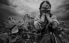 sundaymorning8: women through Graciela Iturbide' s lens