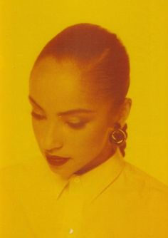 thenewhype:    throughkaleidscopeeyes:    Sade Adu    wifey