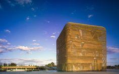 Les gagnants de la 6e édition des prix AZ Awards d'Azure Magazine Via V2COM. Azure a reçu 826 soumissions provenant de 52 pays pour son édition 2016 des AZ Awards, le concours annuel international qui reconnaît le meilleur du design et de l'architecture. De ce nombre impressionnant, 18 lauréats ont été sélectionnés.