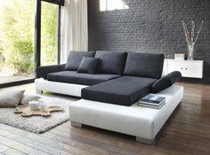 #canape #noir #blanc #mur #en #brique Photo : La Maison de Valérie