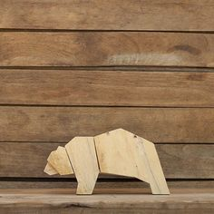 Handmade wooden animals made from used pallets by the mentally handicapped. Carefully cut, sanded, glued and polished with wax. Small imperfections...