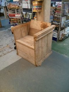 Scaffold board chair