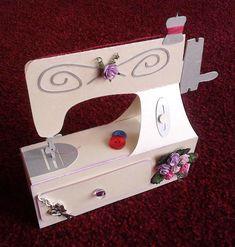 geschenk n hmaschine aus papier sewing machine luxurypimp luxurypimp geschenke pinterest. Black Bedroom Furniture Sets. Home Design Ideas