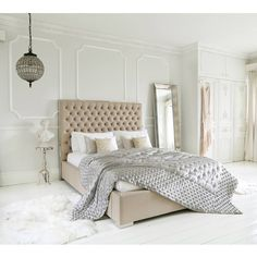 Boutique Bed | Luxurious king Size Bed