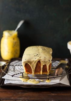 Cupcakes, Cupcake Cakes, No Bake Desserts, Just Desserts, Baking Recipes, Cake Recipes, Passion Fruit Cake, Passionfruit Recipes, Loaf Cake