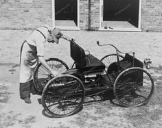 Ford First Automobile 1896 Quadricycle Photo Cars 2 Ford Automobile, in front of shed where first Ford was made in The Ford Quadricycle was the first vehicle developed by Henry Ford. Ford Motor Company, Ford Company, Vintage Cars, Antique Cars, Vintage Items, Henry Ford Museum, Power Motors, Pt Cruiser, Ford Classic Cars