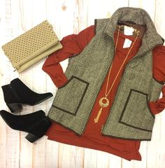 Your Thanksgiving dinner #ootd isn't complete without something pumpkin!😍 #xoxoAL4You #Thanksgiving #holidays #vest #fall #apricotlane #shoplocal Chocolate & Ivory Herringbone Vest $54 Crissed & Crossed Top $36 Order with the link below.  http://form.jotform.us/form/52044697810154
