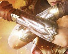 wonder woman cosplay: files to create bracelets