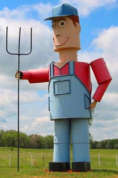 Farmer statue along the Enchanted Highway in North Dakota.