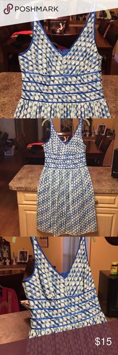 BEAUTIFUL SIZE 12P EASTER DRESS AWESOME BLUE/WHITE POLKA DOT DRESS CERY LIGHT FOR THAT HOLIDAY ,PARTY,  DATE (NWOT) never worn Signature by Robbie Bee Dresses Midi