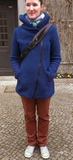 Yva R.: RUMS mit meinem Walkmantel und etwas Verstecktem :)