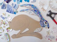 Running Hare mosaic by Emma Leith Mosaic Garden Art, Mosaic Tile Art, Mosaic Diy, Mosaic Crafts, Mosaic Glass, Glass Art, Stained Glass, Mosaic Mirrors, Sea Glass
