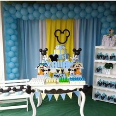 Festa Mickey Baby, Minnie Mouse Theme Party, Mickey Y Minnie, Mickey Mouse Parties, Mickey Party, Mickey Mouse Birthday, 1st Birthday Party Themes, Birthday Photos, Mickey 1st Birthdays