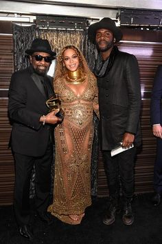 TEXAS Stand Up Beyonce , Gary Clark Jr & William Bell backstage at the 59th Grammy Awards 2017