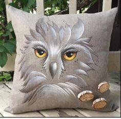 Karyne Viger Patrons et pi�ces de bois pour peinture décorative Crafts To Make And Sell, Duvet Sets, Fabric Painting, Folk Art, Creations, Cushions, Hand Painted, Throw Pillows, Sculpture