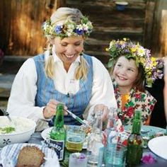 Summer is the perfect time for outdoor festivities, especially for Sweden's summer solstice. This lesson focuses on one of Sweden's most popular holidays, Midsummer, and the history and traditions behind the celebration. Swedish Traditions, Swedish Cottage, Scandinavian Food, Swedish Style, Swedish Recipes, Summer Solstice, Stockholm, Beautiful, Tours