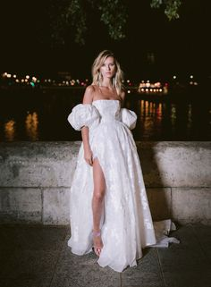 Classic Wedding Dress, Dream Wedding Dresses, Prom Dresses, Robes Glamour, Vogue Paris, Ellie Saab, Wedding Looks, Looks Style, Rime Arodaky
