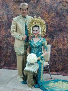 #PengantinMinang #Minang #Wedding #Suntiang #GoldToska
