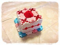 小学生のLaQ作品 今回は苺のショートケーキ レシピを見て作った作品です。 つくった作品が結構あるので日々掲載…
