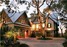 Craftsman style coastal home