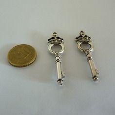 Pendentif clé sceptre
