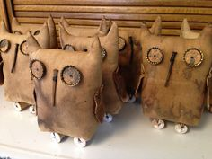 Owls made for American Country mercantile for this fall from a Kentucky Primitives pattern