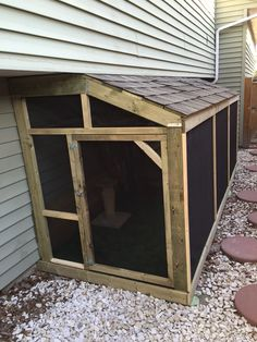 The completion Creature Comforts, Catio, Fur Babies, Creatures, Diy, Bricolage, Handyman Projects, Do It Yourself, Fai Da Te