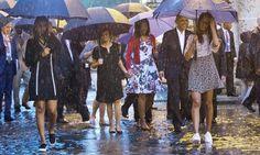 Sasha And Malia Obama Just Nailed Our Favorite Comfy Trend