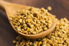 Natural Remedies For Allergies, Allergy Remedies, Home Remedies For Burns, Heal Liver, How To Regulate Hormones, Bee Pollen, Nutrition, Spirulina, Polenta