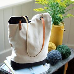 diy project: renske's minimalist tote bag, @Sarah Bailor knitting project bag?  add as many pockets as you need before assembly and you're good to go!