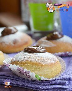Krapfen soffici al forno con Nutella, ricetta dolce