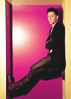 Tom Hiddleston I Love,love,love this picture! <3